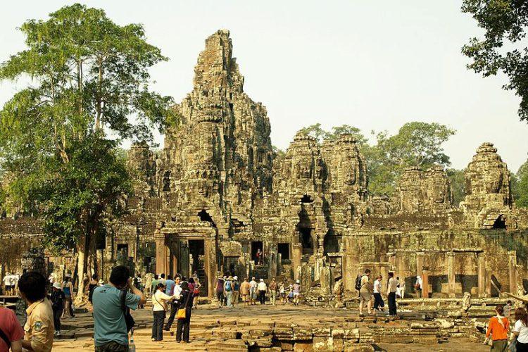 Храм Байон - достопримечательности Камбоджи