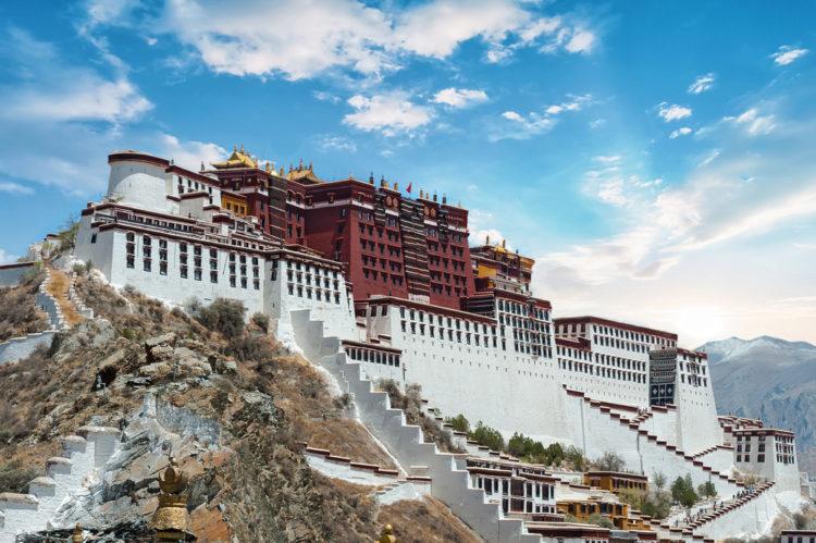 Дворец Потала - достопримечательности Китая