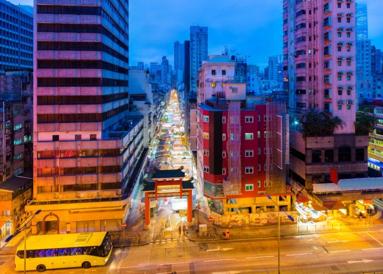 Ночной рынок Темпл Стрит Маркет - достопримечательности Гонконга