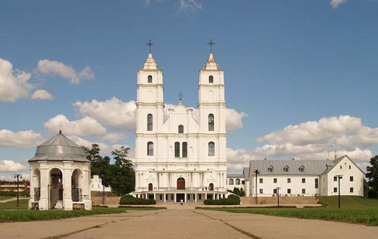 Аглонская базилика - достопримечательности Латвии