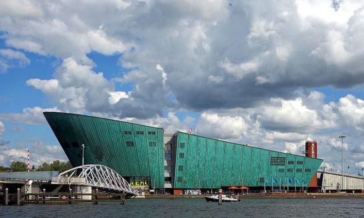 Музей Немо - достопримечательности Нидерландов