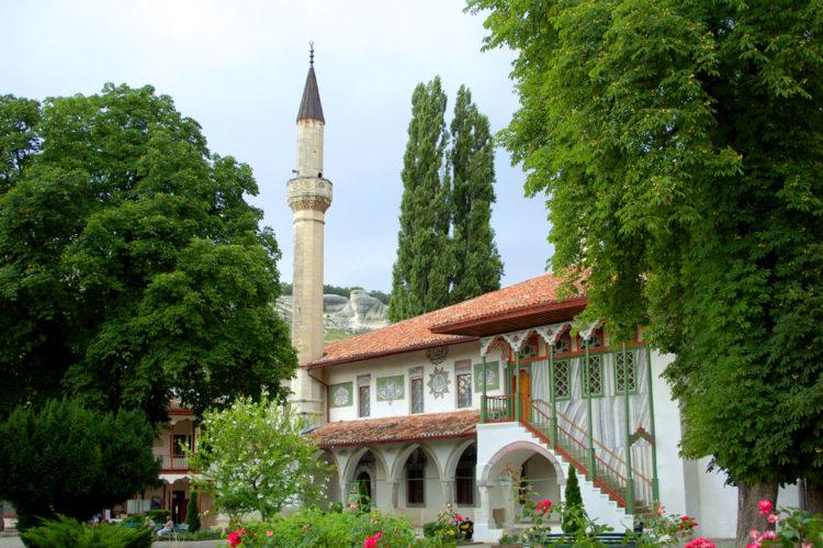 Мечеть Хан-Джами в Ханском дворце в Бахчисарае