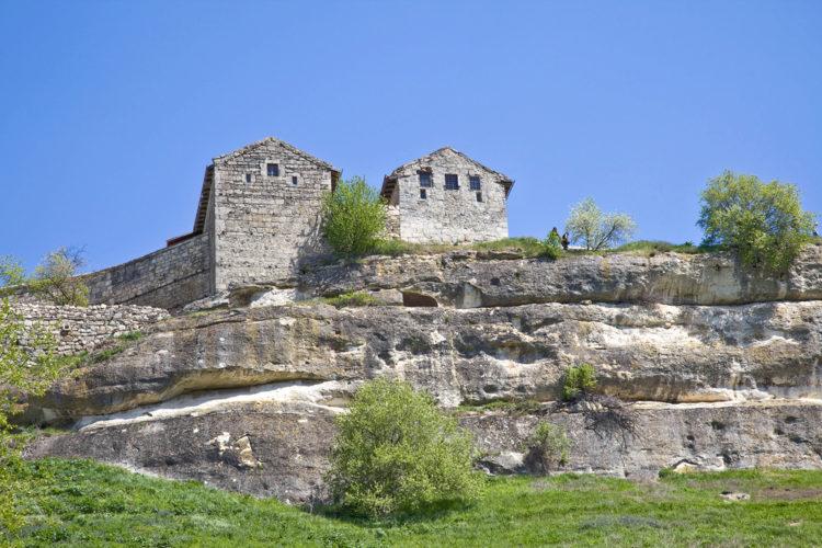 Пещерный город - крепость Чуфут-Кале в Бахчисарае