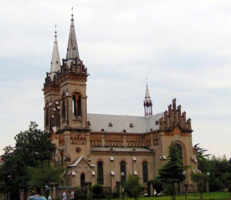 Кафедральный собор Пресвятой Богородицы в Батуми