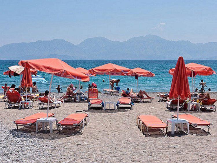 Пляж в Айос-Николаосе на Кипре, Греция