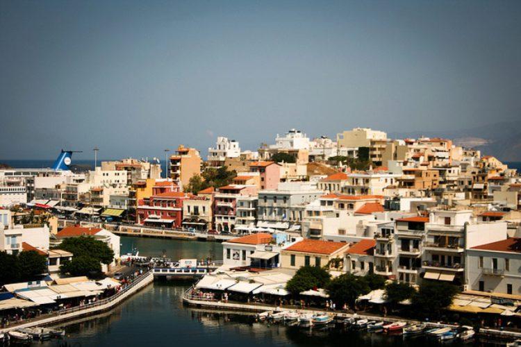 Agios Nikolaos - столица Ласити на Крите