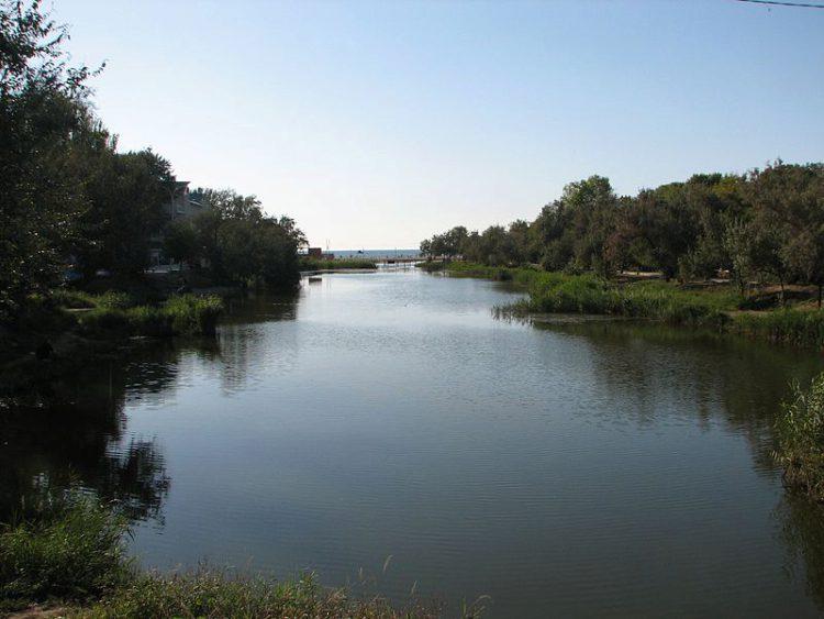Река Анапка в городе Анапа Краснодарского края в России