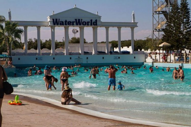 Аквапарк в Айя-Напе на Кипре