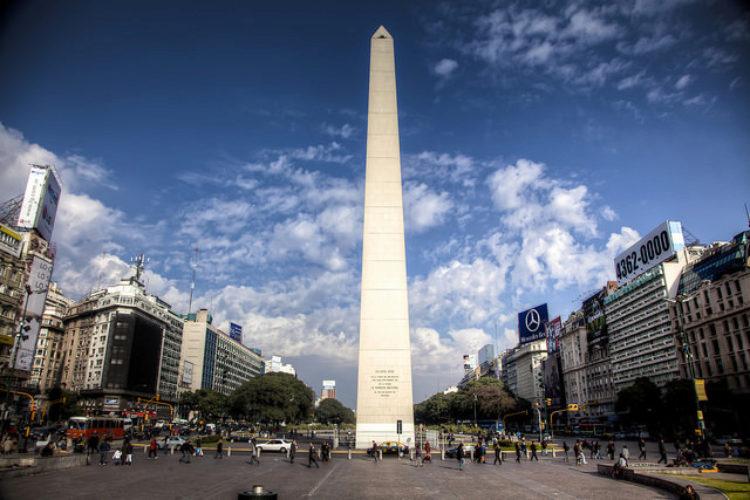 """Буэнос-Айрес """"Обелиск"""". Аргентина в Южной Америке"""