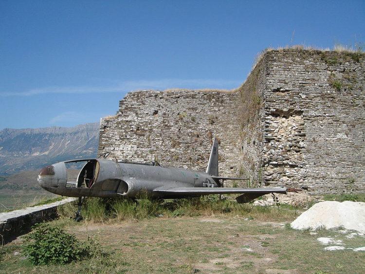 «Национальный музей оружия» в Гирокастре в Албании