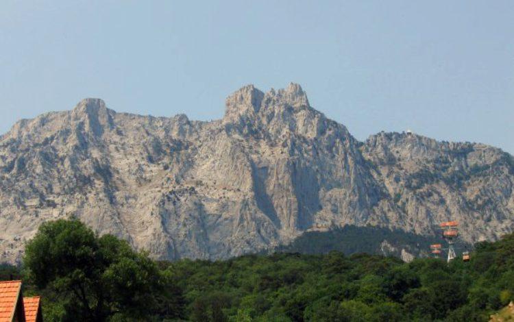 Гора Ай-Петри в Алупке в Крыму