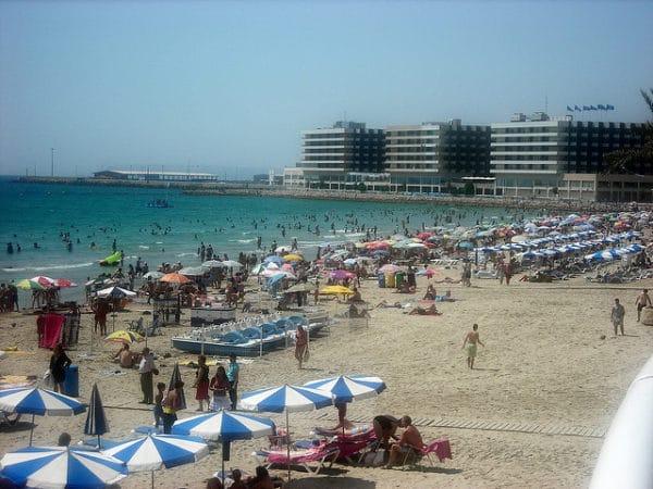 Пляж Эль Постигет в Аликанте в Испании