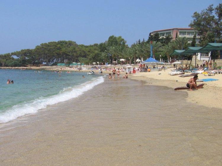 Пляж в Авсалларе в Турции
