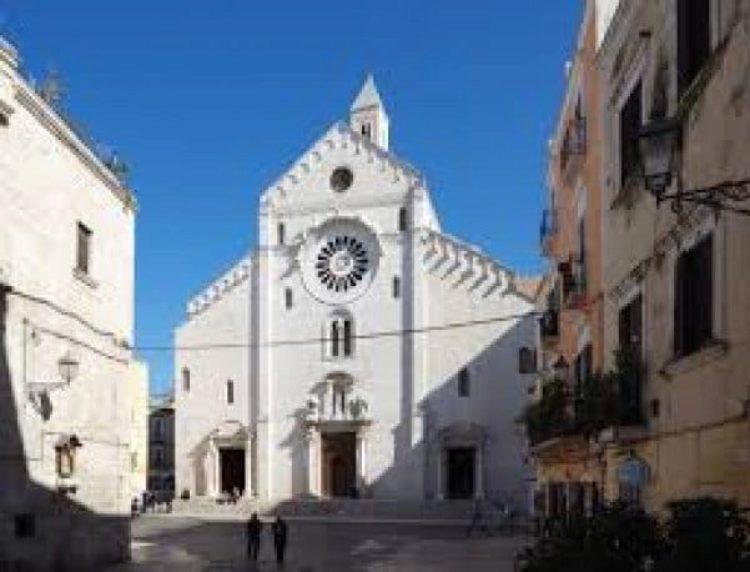 Кафедральный собор Сан-Сабино в Бари, Италия