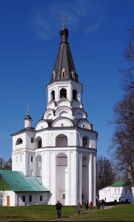 Церковь-колокольня Распятия Христова.Комплекс Александровского Кремля , Владимирская область, Россия