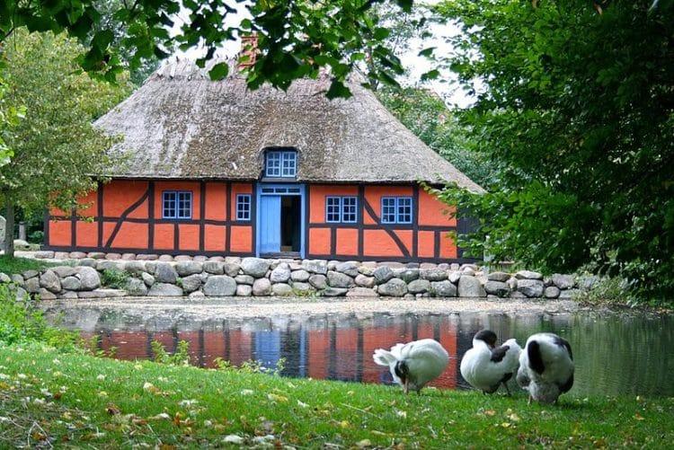 Музей под открытым небом в Люнгбю в Дании