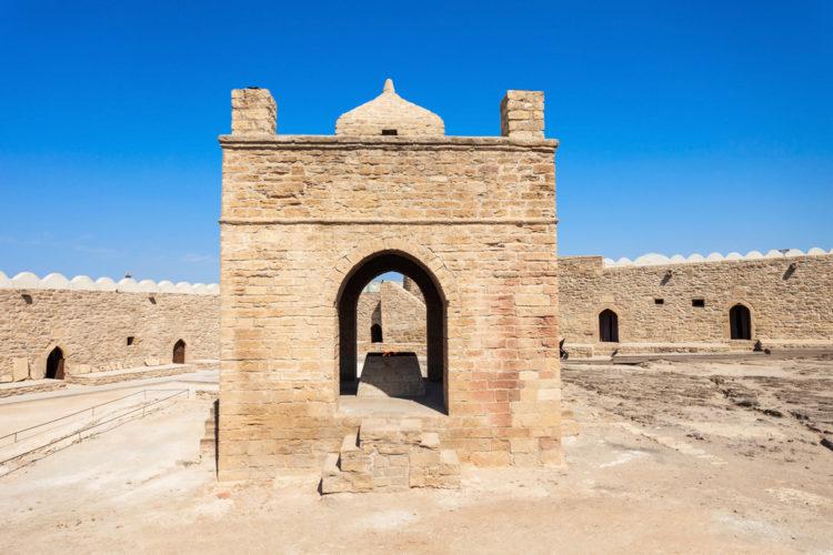 Что посмотреть в Баку - Бакинский Атешгахский или Огненный Храм в Баку