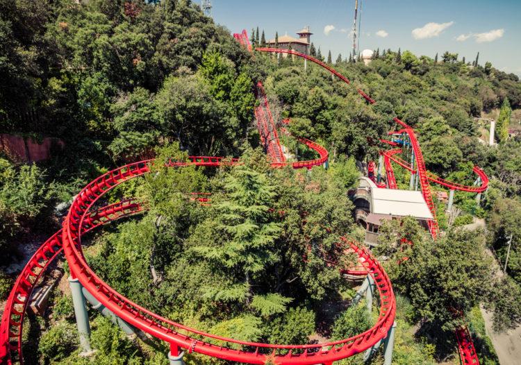 Парк аттракционов Тибидабо в Барселоне - достопримечательности Барселоны