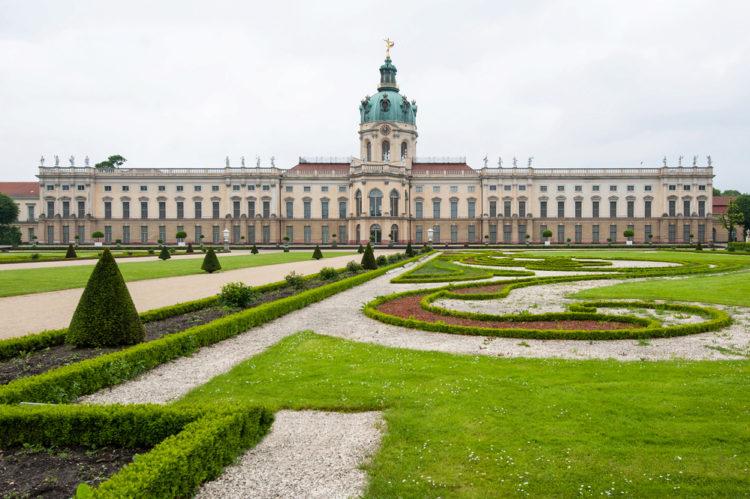 Замок Шарлоттенбург в Берлине - достопримечательности Берлина