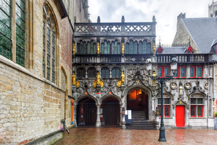 Базилика Святой Крови в Брюгге - достопримечательности Брюгге