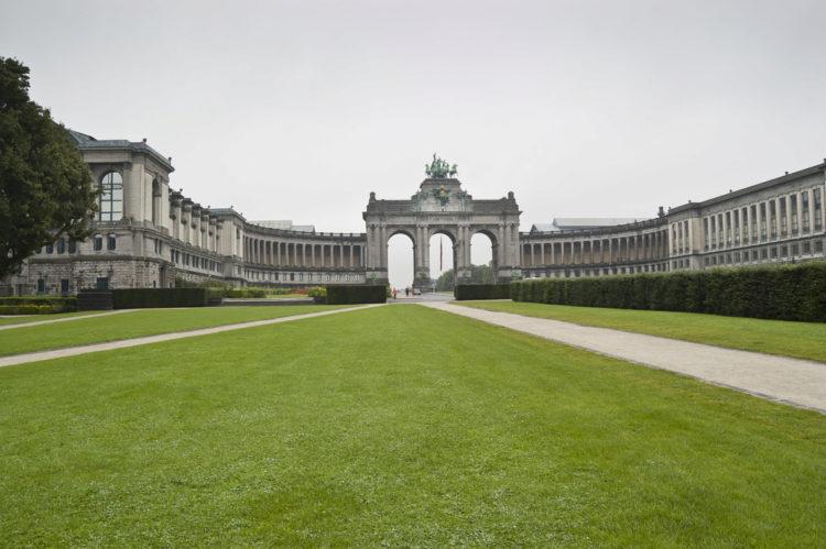Парк пятидесятой годовщины в Брюсселе - достопримечательности Брюсселя