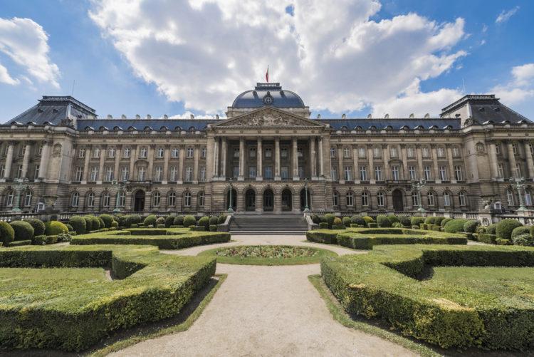 Королевский дворец в Брюсселе - достопримечательности Брюсселя