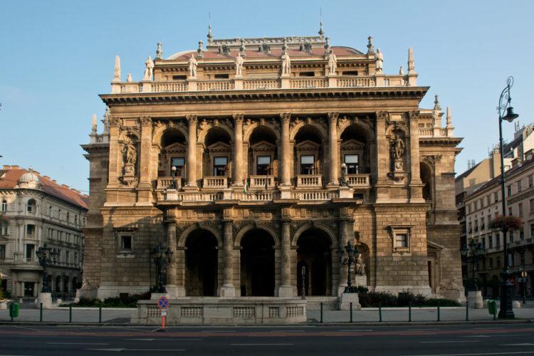 Государственный оперный театр в Будапеште - достопримечательности Будапешта