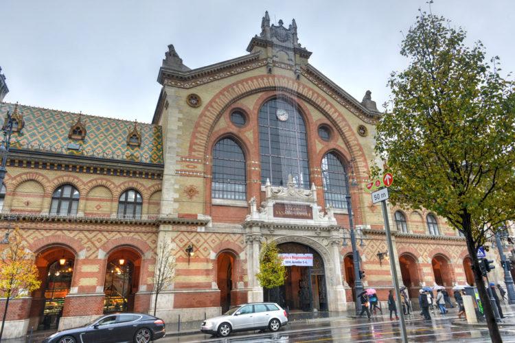 Центральный рынок или Great Market Hall - достопримечательности Будапешта, Венгрия
