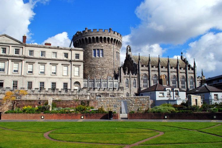 Дублинский замок в Дублине - достопримечательности Дублина, Ирландия
