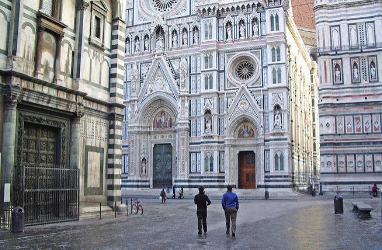 Соборная площадь (Piazza del Duomo) во Флоренции - достопримечательности Флоренции, Италия