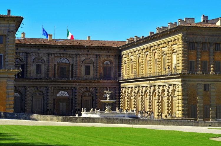 Палаццо Питти во Флоренции - достопримечательности Флоренции, Италия