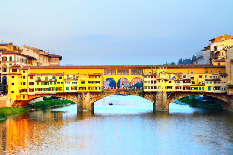 Понте-Веккьо, Старый мост во Флоренции - достопримечательности Флоренции, Италия
