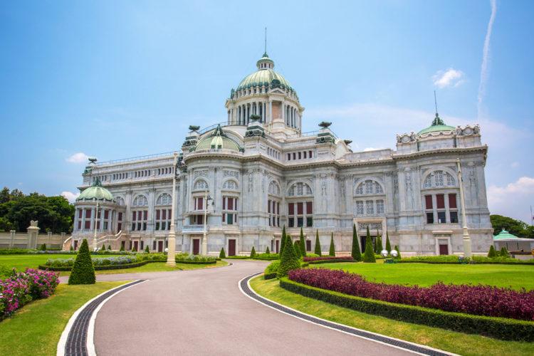 Ананта Самахом Тронный зал в Бангкоке - достопримечательности Бангкока