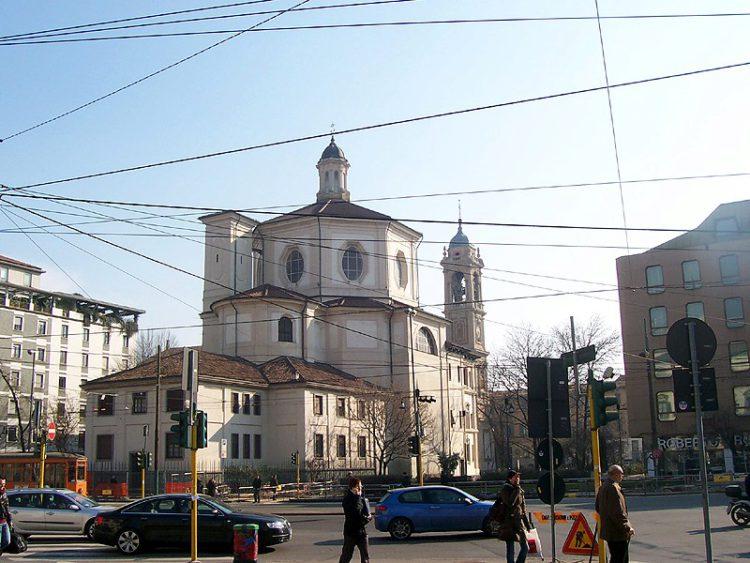 Церковь Сан-Бернардино-алле-Осса - достопримечательности Милана, Италия