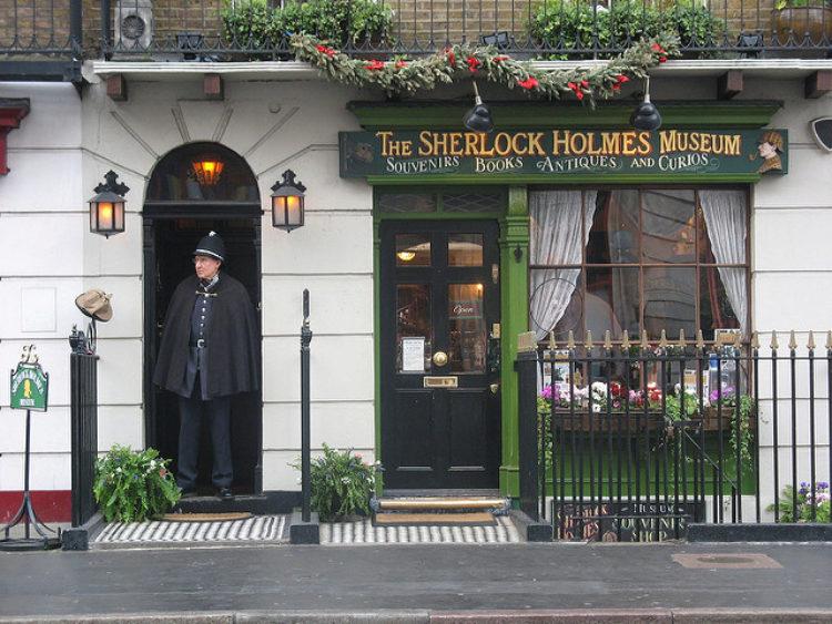 Музей Шерлока Холмса в Лондоне - достопримечательности Лондона, Англия, Великобритания