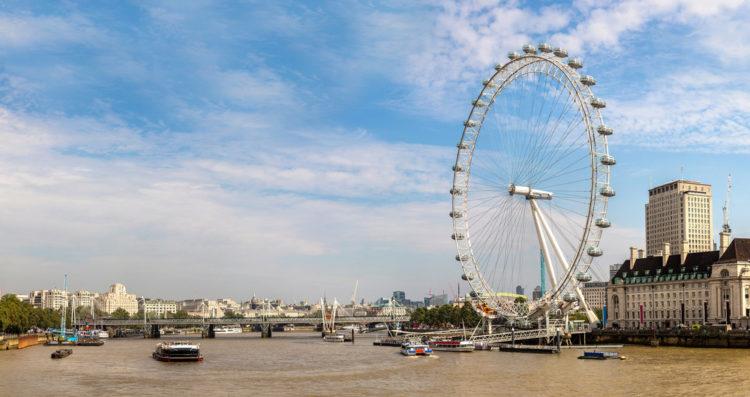 Лондонский глаз (London Eye) - большое колесо обозрения - достопримечательности Лондона, Англия, Великобритания