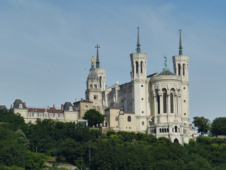 Базилика Нотр-Дам-де-Фурвьер в Лионе -Что посмотреть в Лионе