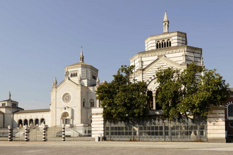 Монументальное кладбище - достопримечательности Милана, Италия