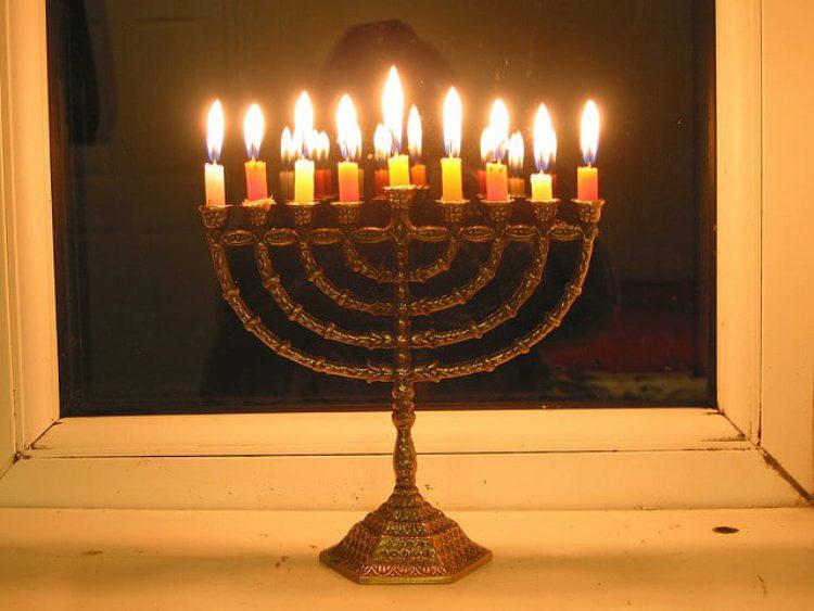 Ханука — это еврейский праздник свечей, традиция, Израиль