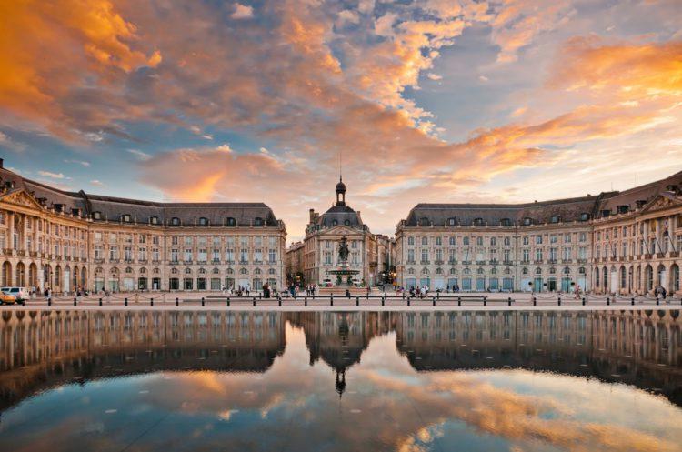 Биржевая площадь - достопримечательности Бордо