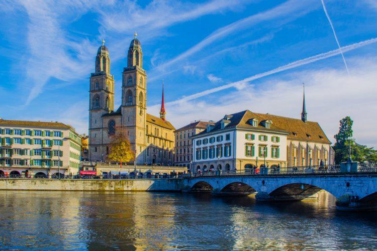 Собор Гроссмюнстер - достопримечательности Швейцарии