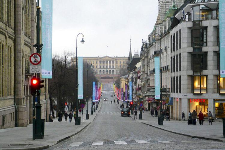 Улица Карла-Юхана - достопримечательности Норвегии