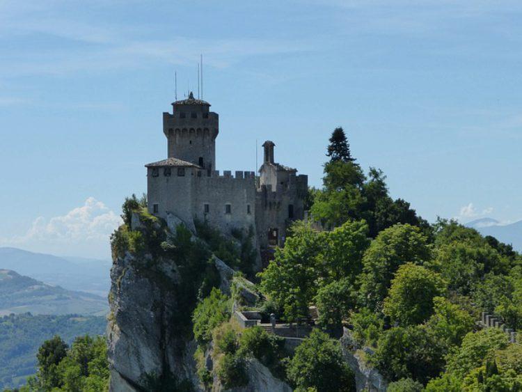 Башня Ла Честа - достопримечательности Сан-Марино