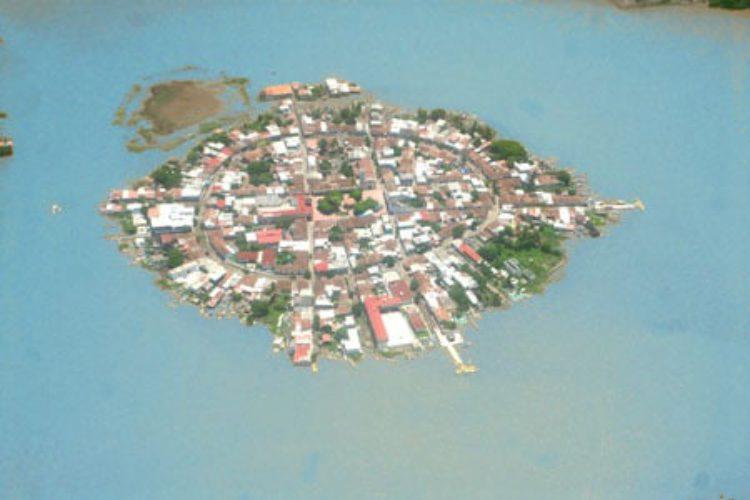 Остров Мескальтитан - достопримечательности Мексики