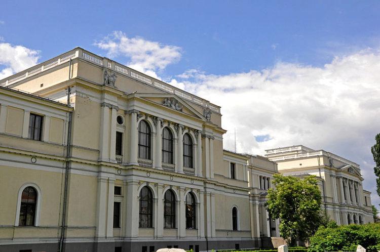 Национальный музей Боснии и Герцеговины - достопримечательности Боснии и Герцеговины