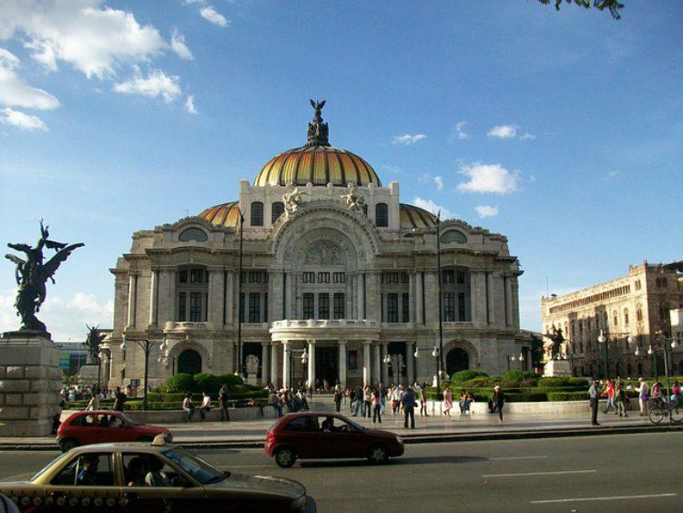 Дворец изящных искусств - достопримечательности Мексики