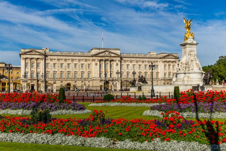 Букингемский дворец - достопримечательности Англии