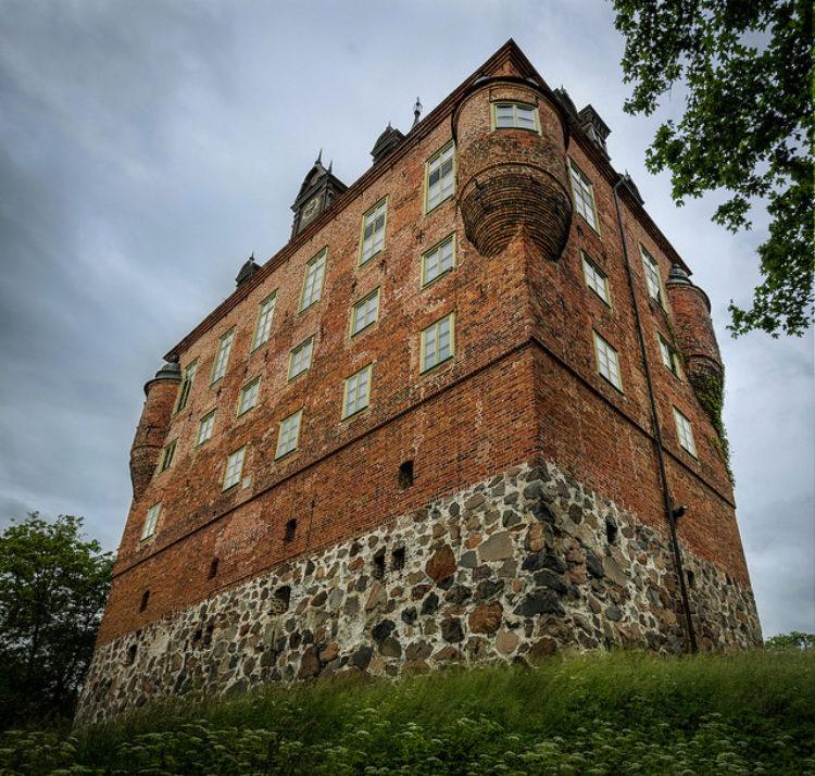 Замок Вик - достопримечательности Швеции