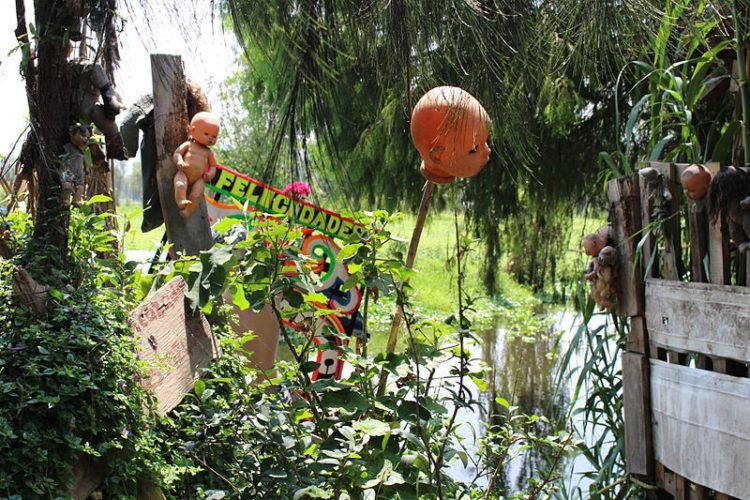Остров мёртвых кукол - достопримечательности Мексики