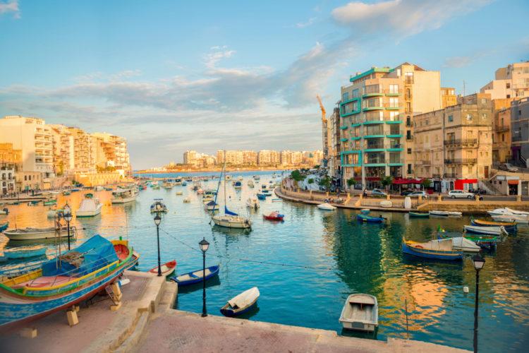 Залив Спинола - достопримечательности Мальты